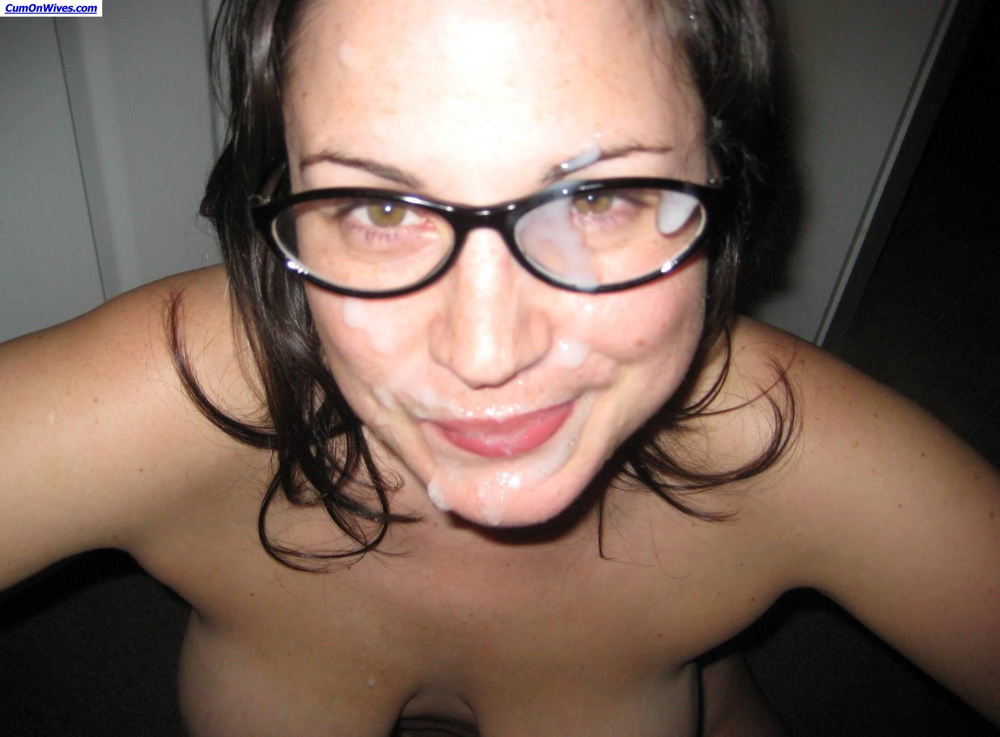 Русский секс домашней девочки в очках, Русское порно видео с тегом В очках бесплатно 14 фотография